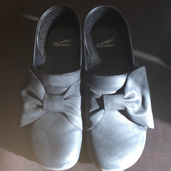 Dansko Shoes | Dansko Bow Professional
